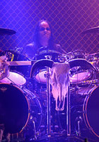 Joey Jordison has rejoined the group just in time for Rob Zombie's headlining dates in the United Kingdom. He was in Europe performing with Murderdolls earlier this month, that's why Marilyn Manson drummer Ginger Fish stepped in and played several US show