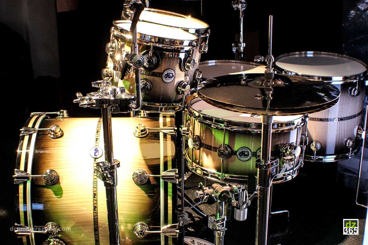 drummerszone news dw drums 45th anniversary kit from the