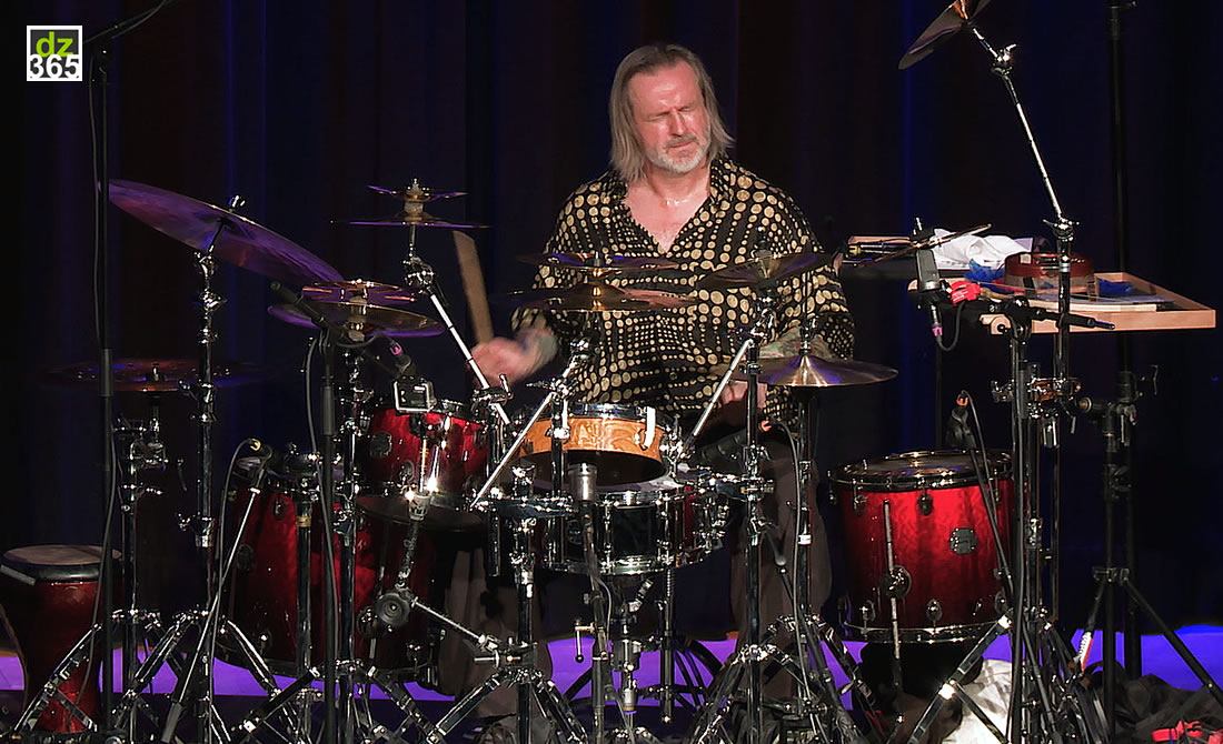 Pete Lockett Talks and Drums: Stairway to Seven - Live and Commentary videos of a Rhythmic Challenge