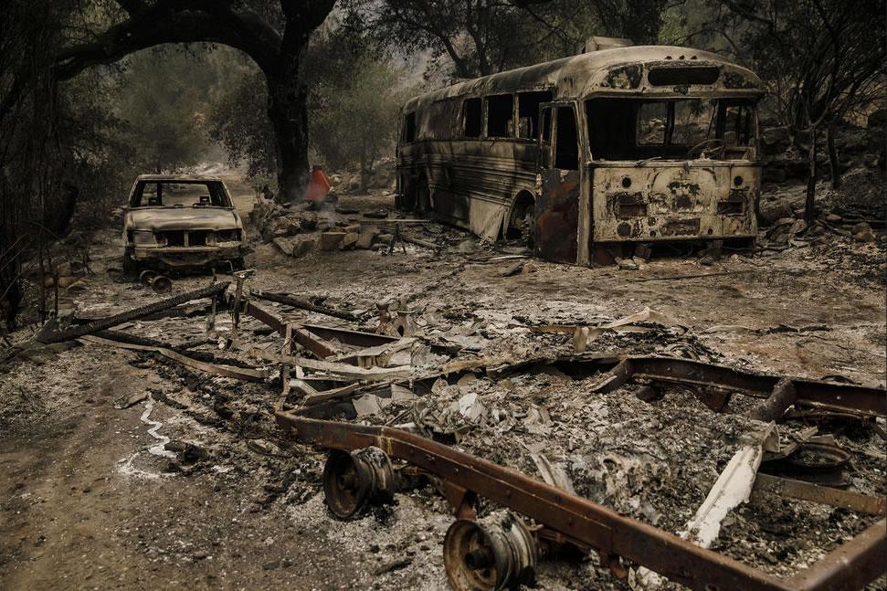 Thomas fire destroys home Simon Phillips in California