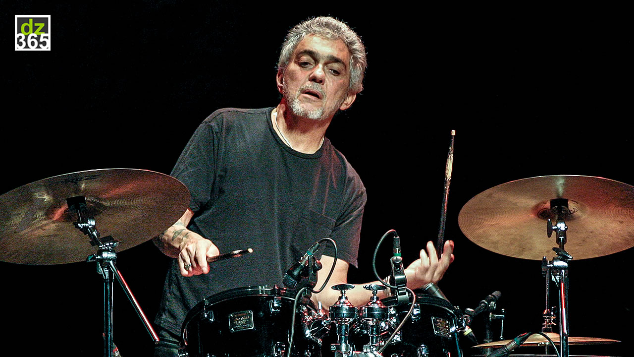 Video: watch how Steve Gadd stays in shape with these flam exercises
