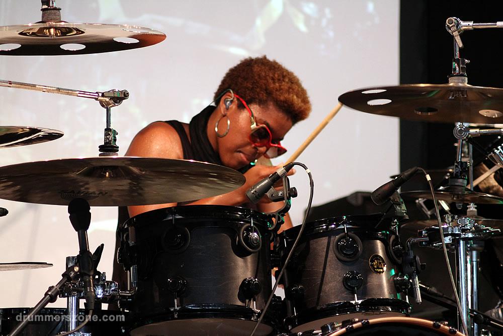 Drummerszone Cora Dunham