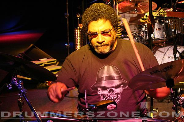 Drummerszone Lenny Castro